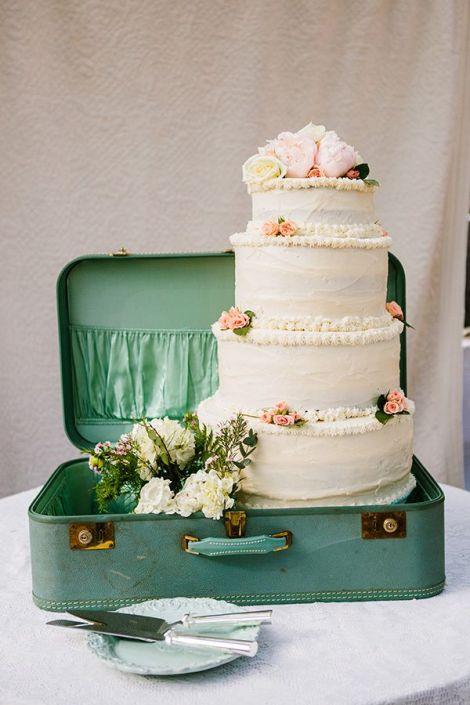 Wedding Cake Vintage Suitcase