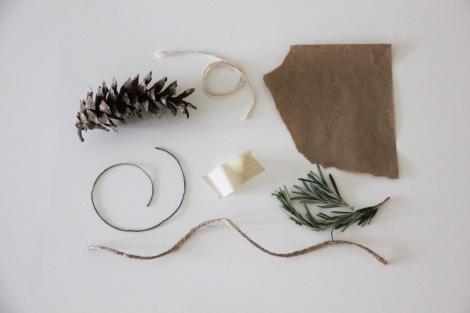 Simple Christmas Giftwrap