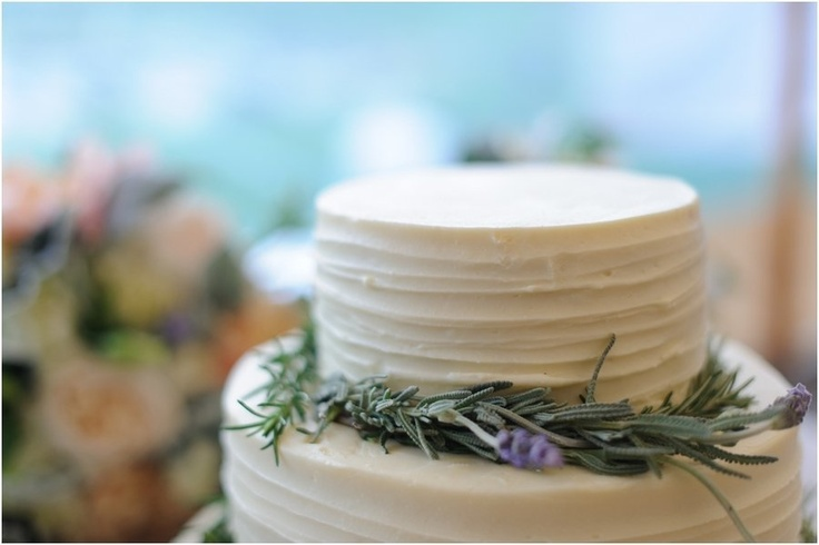 Rosemary cake decoration