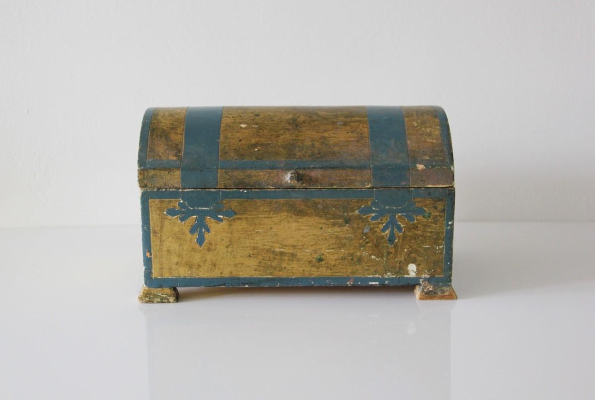 Vintage Rentals:  Crates + Wood Boxes
